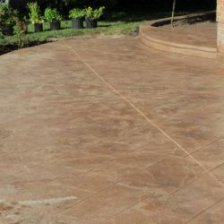 Paved Driveway with Interlock Stone